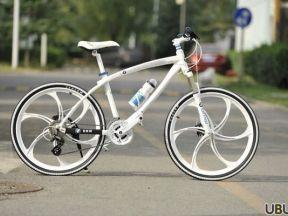 Велосипед BMW белый - Фото #1