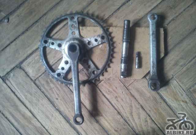 Шатуны велосипеда 46 зубьев под клин