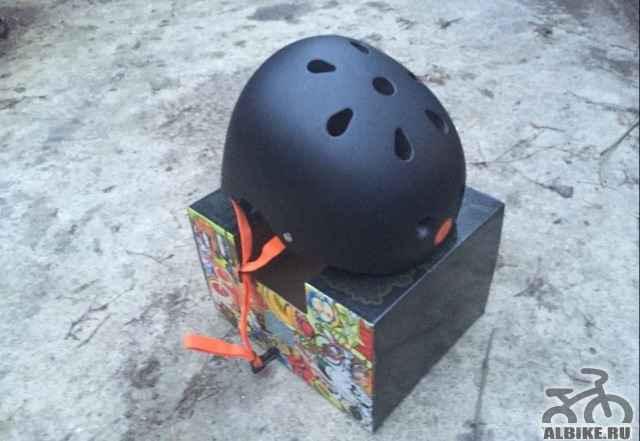 шлем Los Raketos ataka