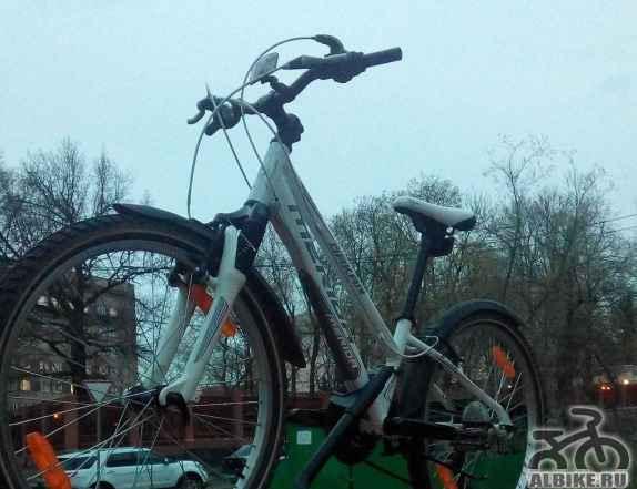 Брендовый велосипед merida