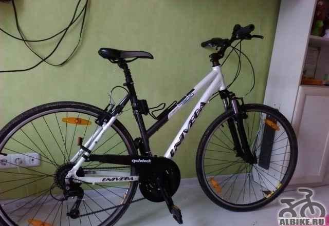 Горный велосипед Univega CR 7300 (2010) колеса 28