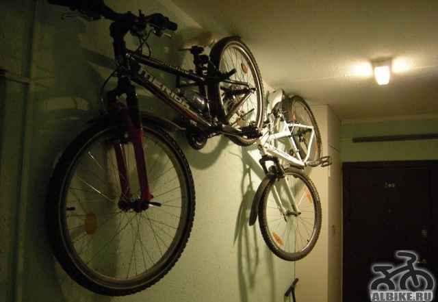 Кронштейн на стену для хранения велосипеда