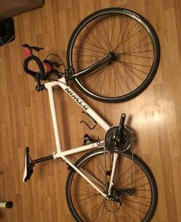Велосипед Btwin Triban 300 р. 57 (рост 175-184)