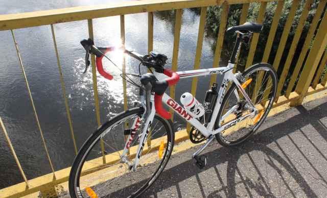 Шоссейный велосипед giant scr 2