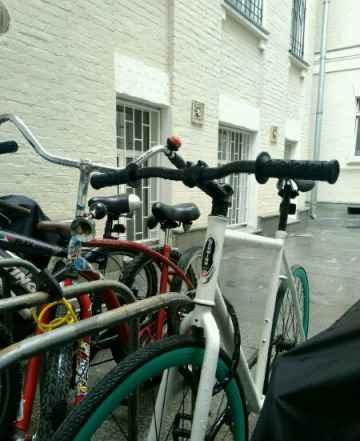 Городской, односкоростной велосипед Schwinn Рейсер