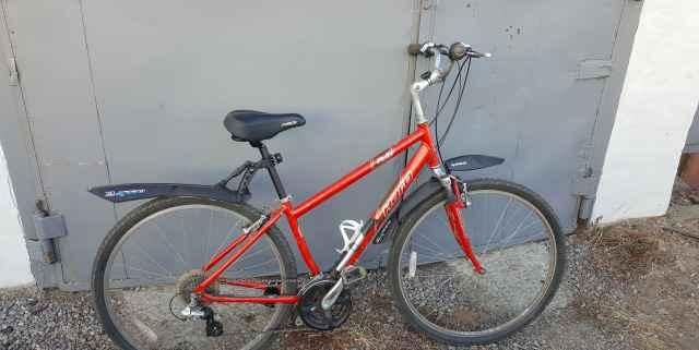 Комфортный велосипед Haro Heartland Экспресс