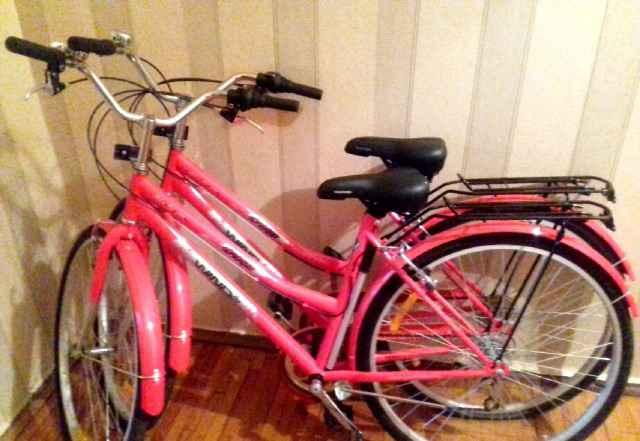 2 одинаковых велосипеда