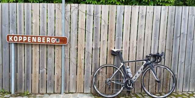 Шоссейный велосипед Felt AR3