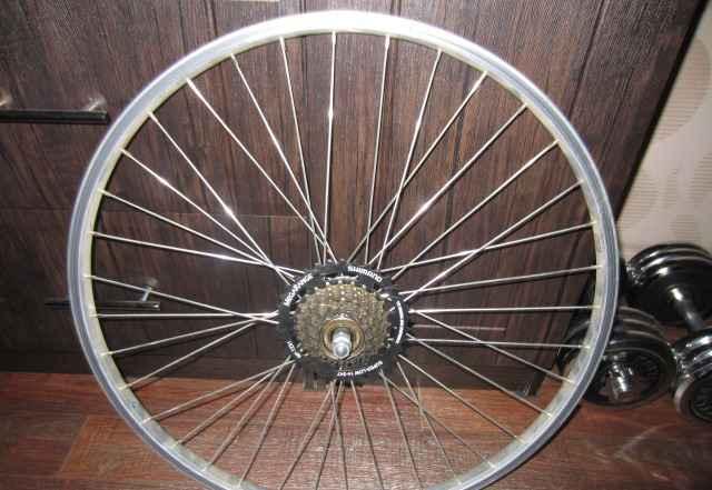 заднее колесо в сборе с трещеткой на 26