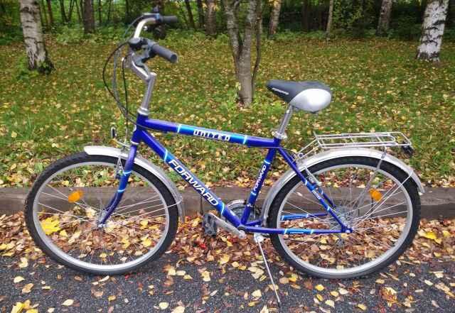Два прогулочных велосипеда. Мужской и женский