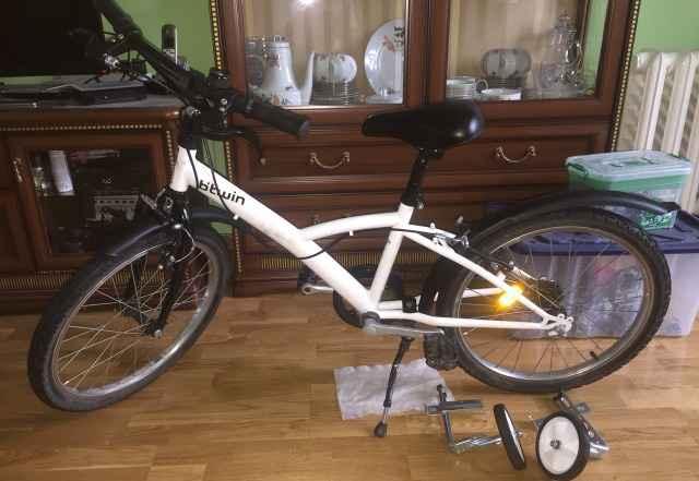 Детский велосипед Btwin 20 дюймов с доп колесами