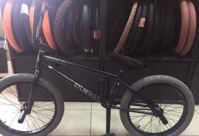 BMX Про модель Stolen Ramos RHD