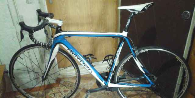 Шоссейный велосипед shimano Ultegra Di2 карбон