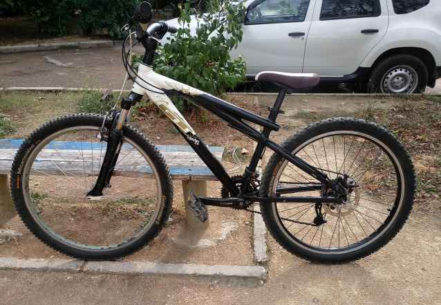 велосипед Хардтейл ГТ Chucker 3.0