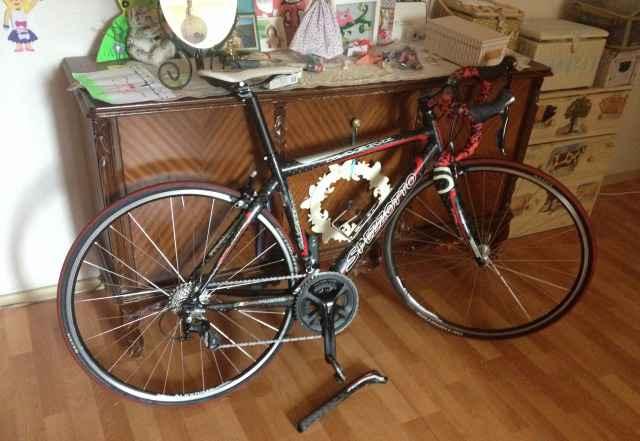 Шоссейный велосипед, шоссейник, карбоновая рама
