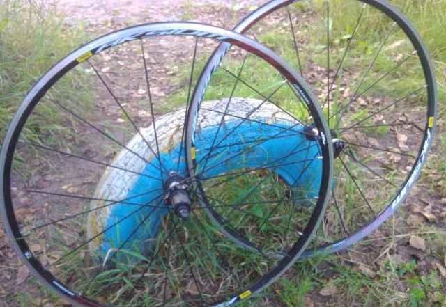 Шоссейные колеса Mavic Aksium Race