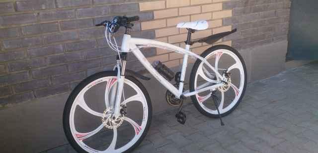 Новые велосипеды на литье БМВ Ленд,Ланд Ровер Ягуар - Фото #1