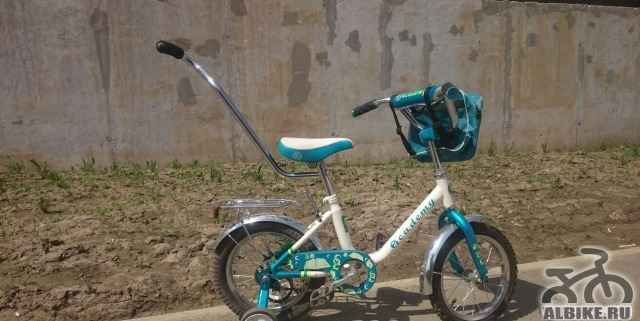 Велосипед ребёнку на 3-6 лет