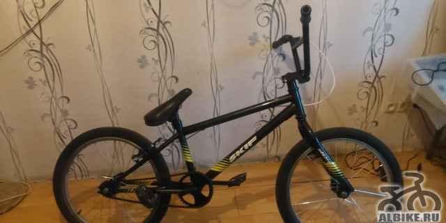 Велосипед BMX скиф