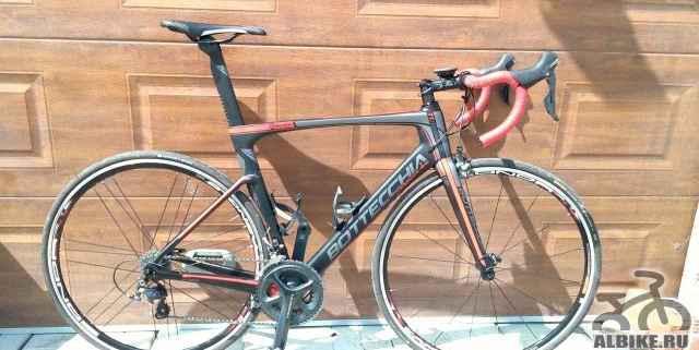 Продаю новый карбоновый шоссейный велосипед