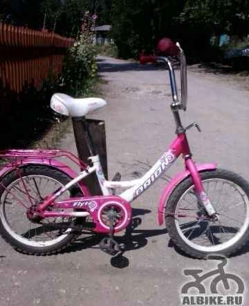Детский велосипед. для ребёнка до 8лет