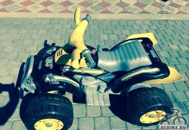 Квадроцикл детский Peg Perego Corral T-Rex б/у