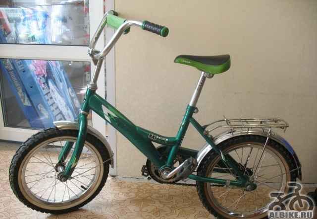 Велосипед 16 дюймов, на 4-8лет