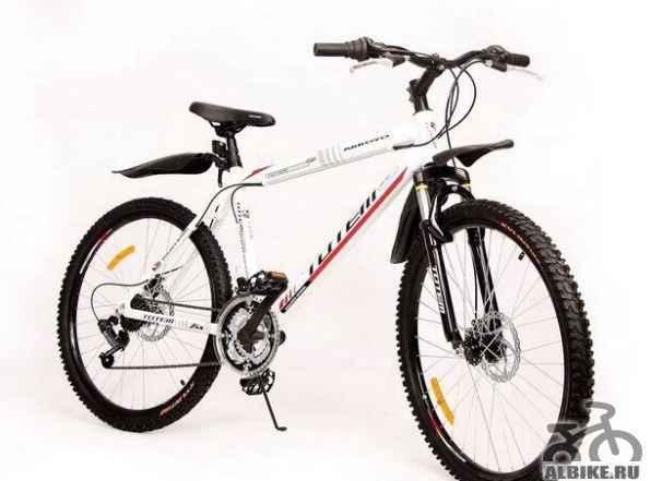 Новый велосипед с алюминиевой рамой
