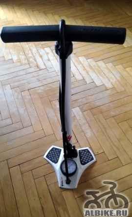 Насос напольный Specialized Air Tool HP