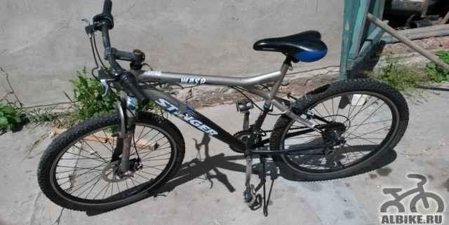 Спортивный горно-скоростной велосипед
