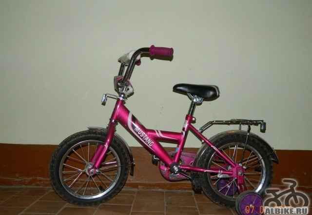 Продам детский велосипед колеса 14 дюймов
