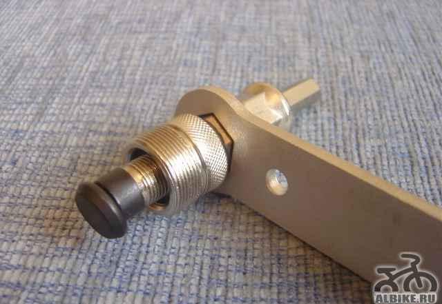 Съемник шатунов Байк Hand YC-215A с ручкой