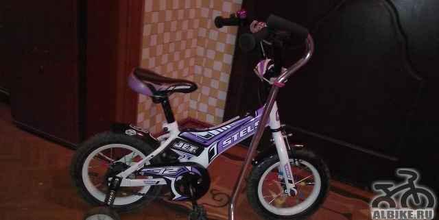 Продам 4-х колесный детский велосипед стелс JET 12