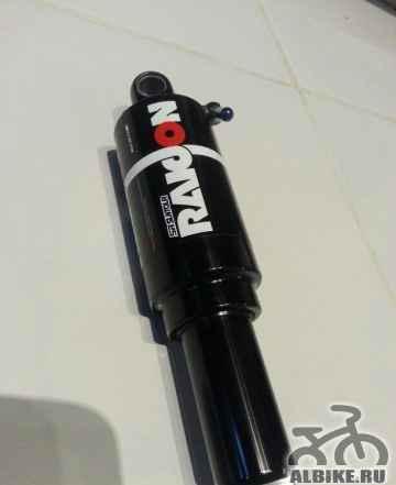 Задний воздушный амортизатор SR raidon 190 x 50