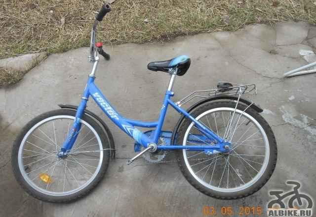 Продается детский велосипед вектор