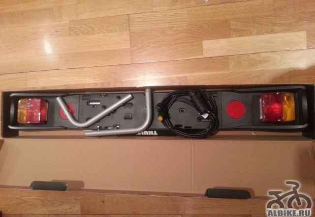 Thule 976 новая световая панель