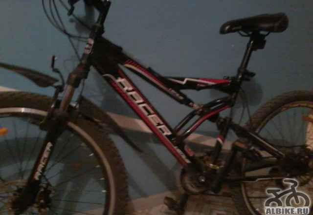 Велосипед спортивный рейсер 10-11021
