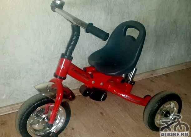 Велосипед детский трехколесный на 2 - 4 года
