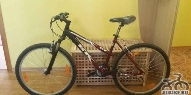 Продам велосипед GT женский