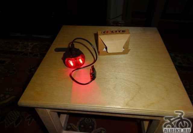 Задний фонарь Q-Лит со встроенным аккумулятором