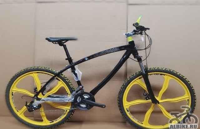 Велосипед БМВ x6 на литье, черного цвета