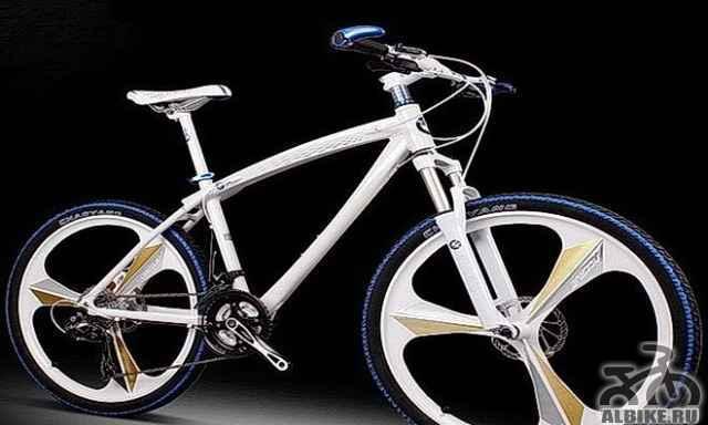 Велосипед БМВ x8 на литье, черного цвета