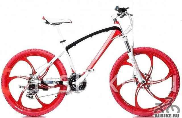 Велосипед БМВ z8 на литых дисках, цветчерный