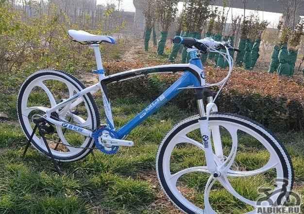 Велосипед БМВ z6 диски литые, черного цвета