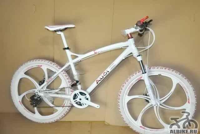 Горный велоcипед ауди R5 на литых дисках