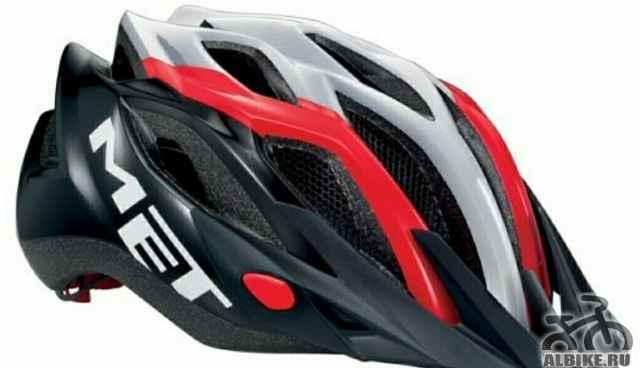 Итальянский шлем MET Кроссовер