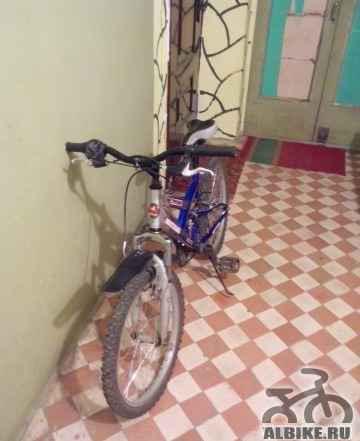 Детский велосипед Мустанг синего цвета - Фото #1