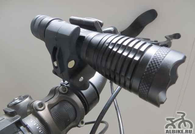 Велофара 2000 люмен с креплением на руль - Фото #1