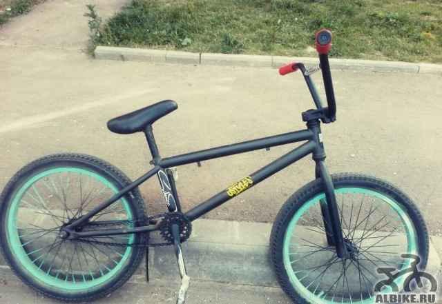 Трюковой велосипед bmx flybikes