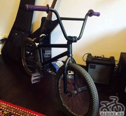 BMX велосипед Subrosa Novus Dirt